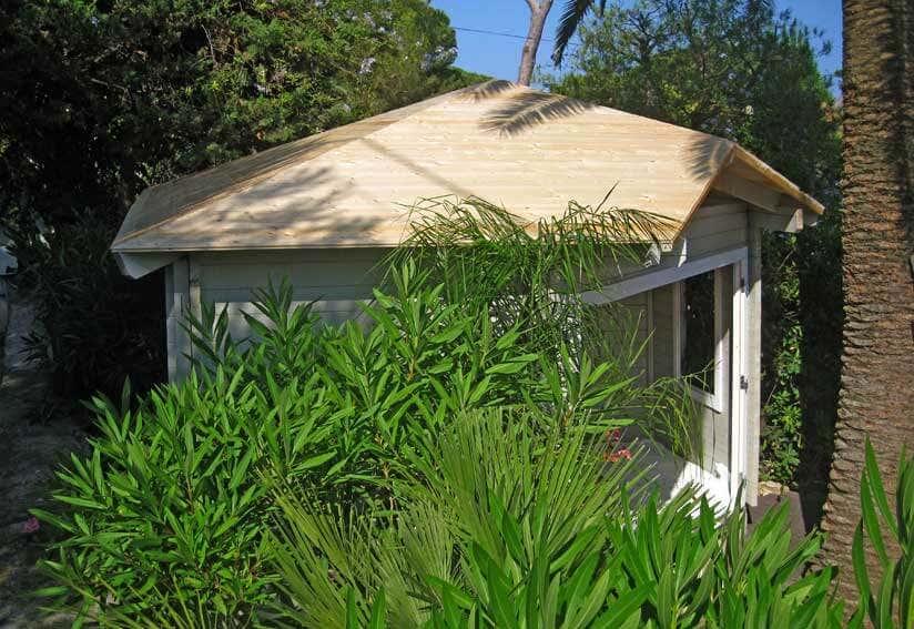 5 eck gartenhaus mit palmdach s dseefeeling garantiert. Black Bedroom Furniture Sets. Home Design Ideas