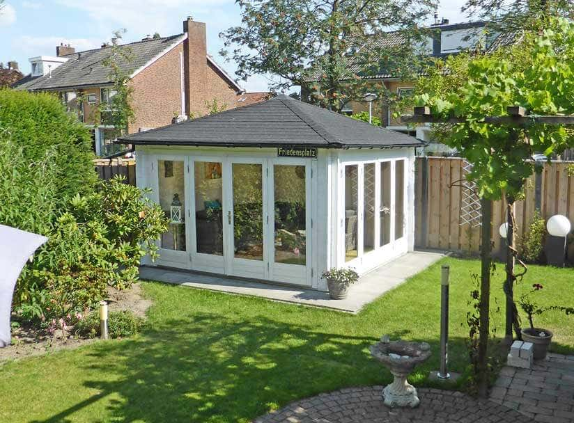 gartenhaus sunshine 40 ein gartenhaus als gartenzimmer. Black Bedroom Furniture Sets. Home Design Ideas